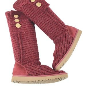 UGG Australia 10/41 Classic Cardy Deep Red Boots